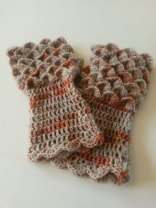 Dragonscale gloves